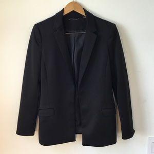 Tahari black open front blazer, size 8